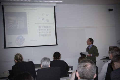 José Luis Menéndez, IE University Library Director, talking about IE Library and technologies during #ieebslg2014