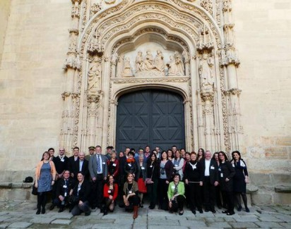 EBSLG group, IE Library team, sponsors from OCLC, Emerald, Proquest and Wharton, and guests from Alcázar de Segovia and Academia de Artillería, standing at IE University front door. EBSLG Continental Meeting 2014 #ieebslg2014